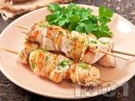 Рецепта Диетични мариновани шишчета от пилешки гърди (филе) с горчица и мед на фурна